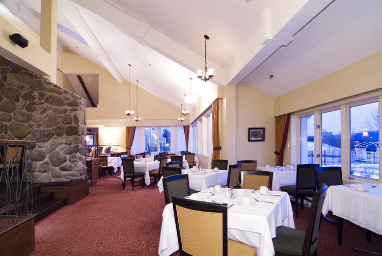 Estrimont Suites & Spa - Bar & Restaurant