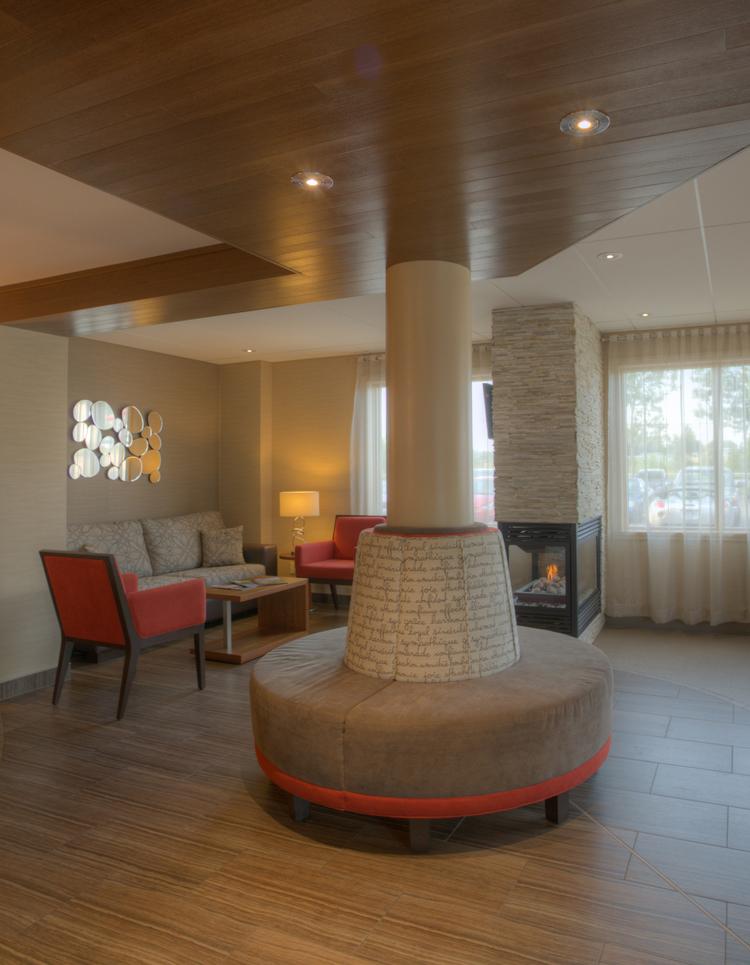 Hotel Comfort Inn Lobby - Mont Laurier Quebec