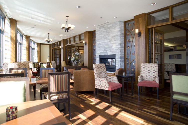 Fairmont Mont Tremblant - Windigo Restaurant & Bar